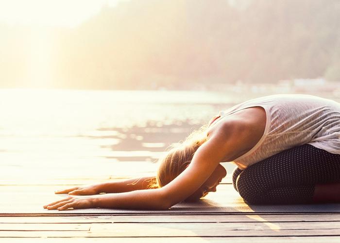 Posturas de Yoga que necesitas conocer