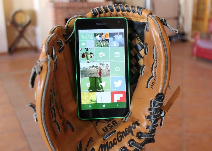 Lumia de gama baja con Windows 10 Mobile