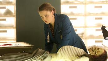 Bones temporada 11 - Brennan en el Jeffersonian