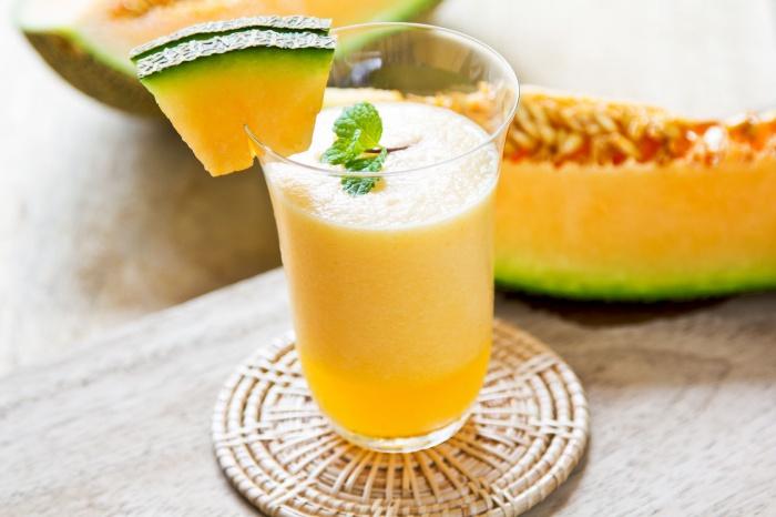 Zumo melón uvas