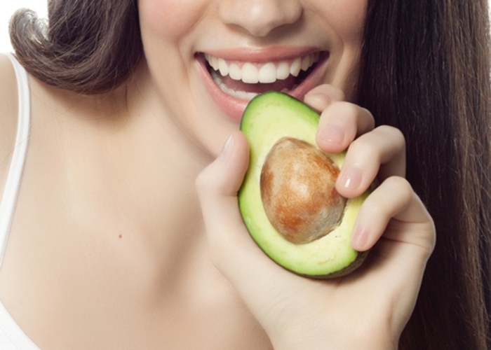 Comer aguacate