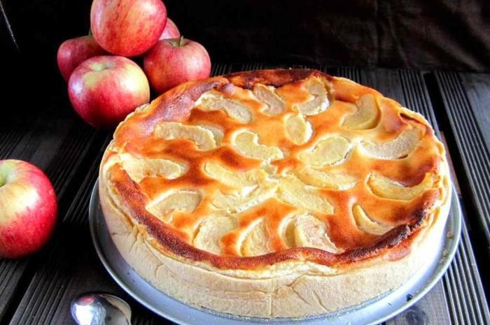 Pastel queso manzana