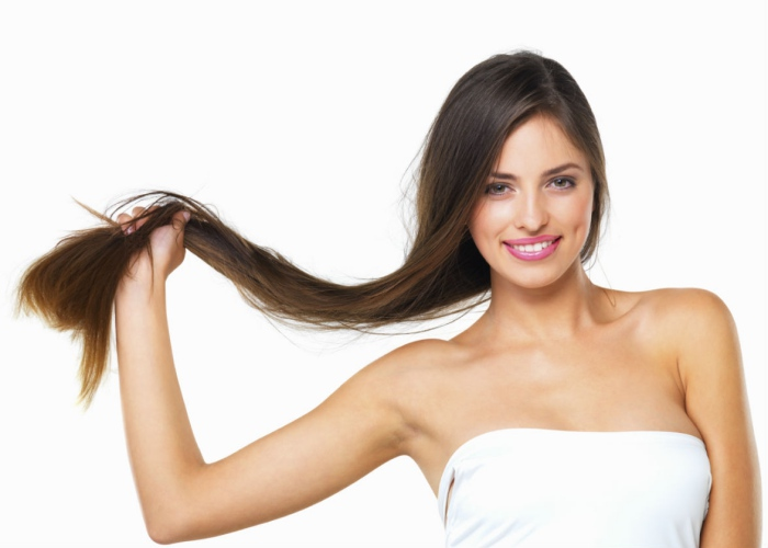 Des exercices et des recommandations de montrer de la peau et des cheveux éclatants