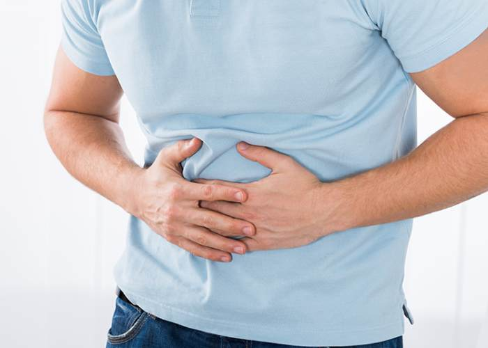 Quelles habitudes à éviter si vous avez l'estomac vide?